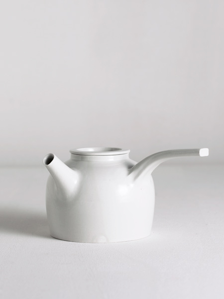 kyusu with pulled handle