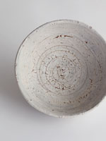 cracked slip chawan, inside